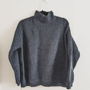 Knitted Turtle Neck